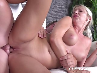 Czech Full-Breasted mommy Shagged On Casting - karol lilien