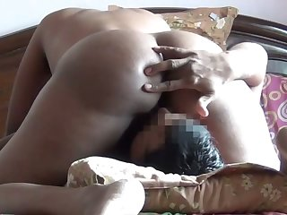 Some good facesitting workout with such beyond the shadow of a doubt bootyful Indian GF