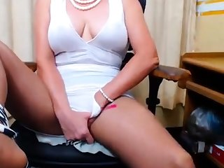 Busty 50 time Granny Fingering above webcam