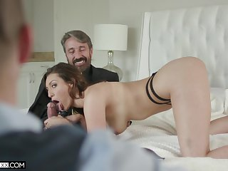 Babe wants with regard to be watched during sex plus her cuckold lover is eager with regard to please