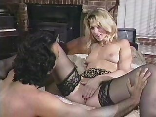 Unearth in pussy and a finger in pain in the neck make her want anal ride herd on