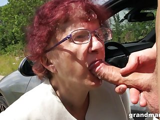 Kinky granny gives a blowjob and tugjob less one spoiled young baffle