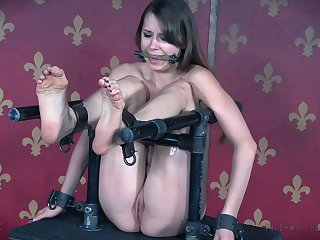 Skinny cutie Zoey Laine tied up added to gets her pussy penetrated
