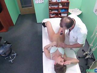 Short-Haired Hottie Seduces Doctor